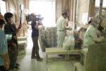 シラス壁の工場撮影ロケ風景