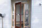 エントランス 木製玄関扉設置