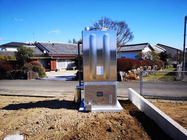 完成したスプリンクラーの屋外貯水ポンプ