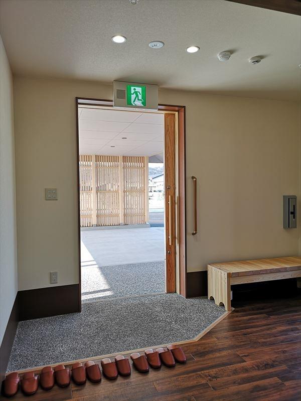 完成した玄関内部の様子 土間床と内部床は段差なし
