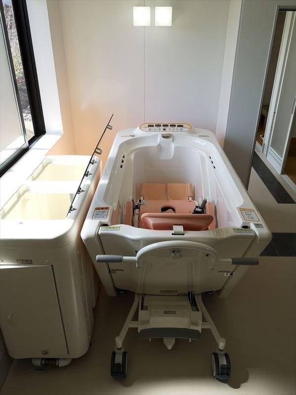 機械浴室に設置された機械浴槽